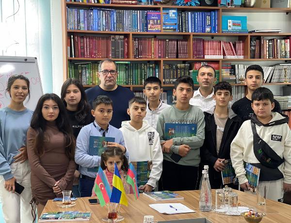 Ukraynada Azərbaycan məktəbi fəaliyyətə başlayıb - FOTOLAR