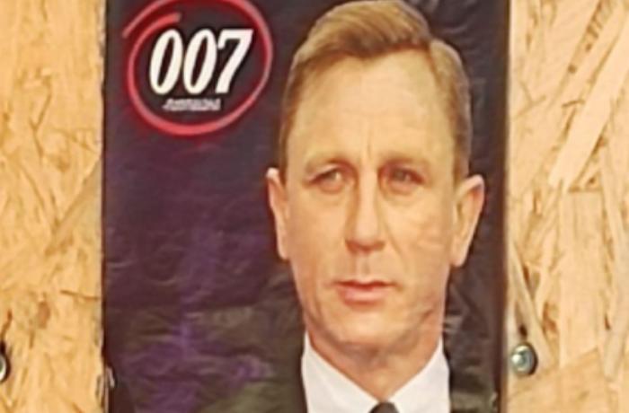 """""""Ceyms Bond"""" Gürcüstanda keçirilən seçkilərdə - FOTO"""