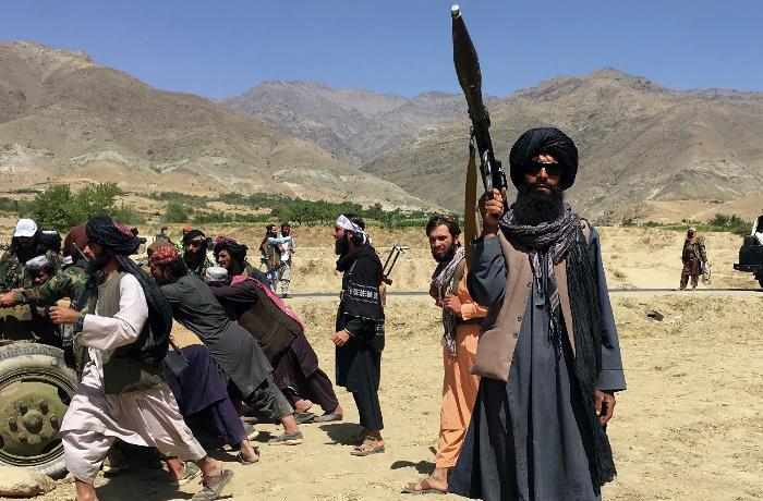 """""""Washington Post"""": Pakistan İŞİD-lə mübarizədə """"Taliban""""a yardım edir"""