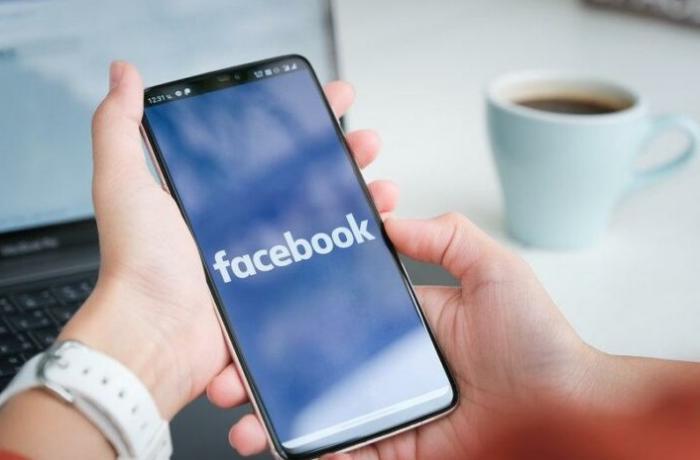 Facebook Myanmar devlet televizyonunun hesabını kapattı