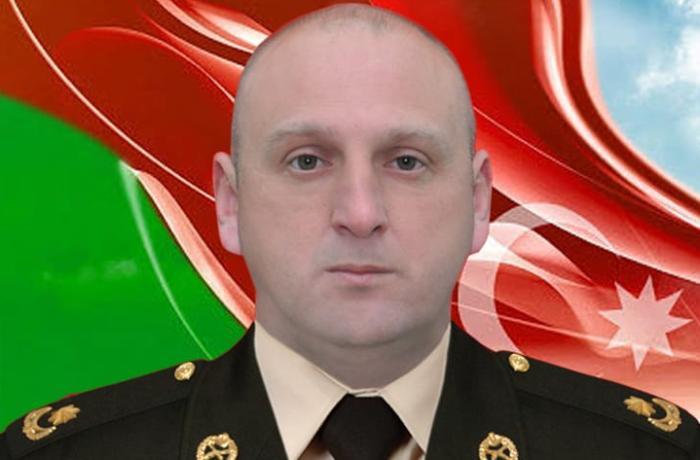 """Şəhid mayor Elnur Quliyevin xanımı: """"Döş cibindəki sənədləri güllədən deşik-deşik idi"""" - FOTOLAR"""