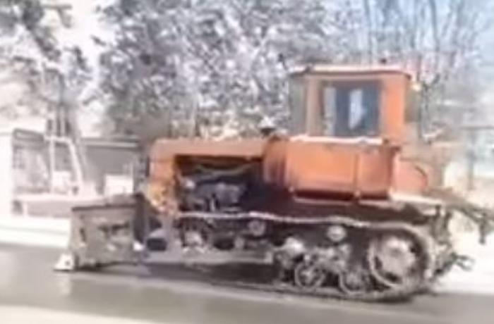 Qubada qarlı yollar traktorla təmizlənir? – Rəsmi AÇIQLAMA + VİDEO