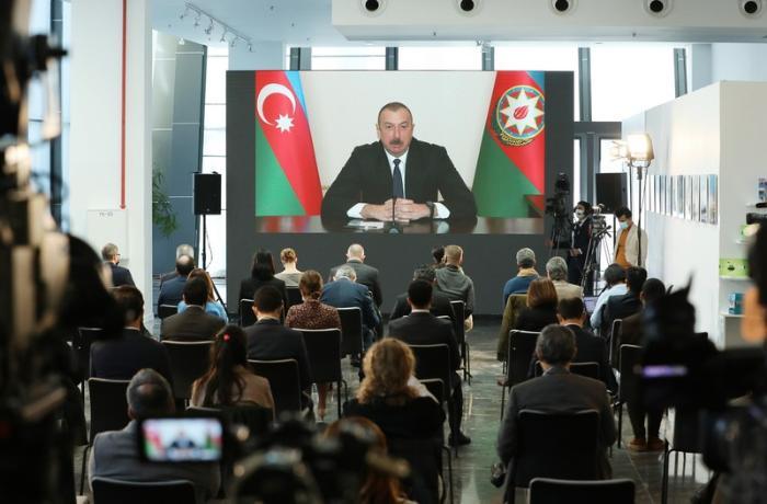 Prezidentin mətbuat konfransı 4 saatdan çox davam edib - YENİLƏNİB
