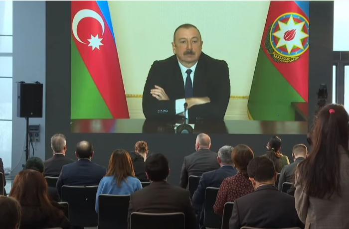 """Prezident: """"Özüm-özümə bəlkə də hər gün eyni sualı verirəm"""""""