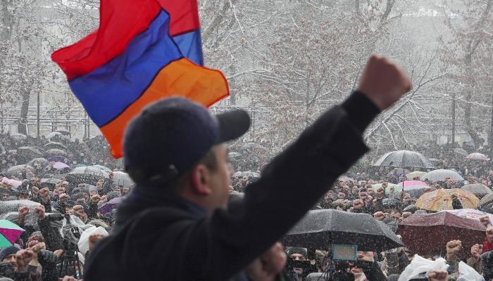 Ermənistan müxalifəti mitinq keçirir