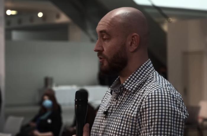 Ukraynalı jurnalistin Prezident İlham Əliyevə döyüş əməliyyatlarının təfərrüatı barədə sualı - VİDEO