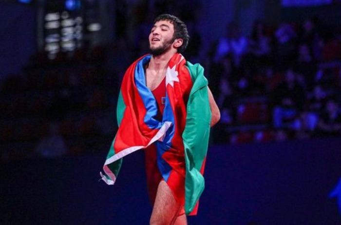 Turan Bayramov erməni idmançıya qalib gəlib bürünc medal qazandı