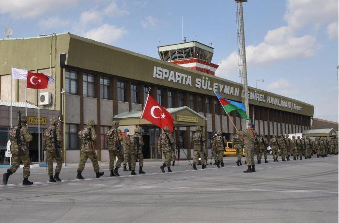 Azərbaycan və Türkiyə hərbçiləri birgə təlimlər keçirəcək