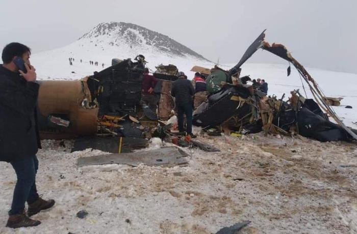 Türkiyədə hərbi helikopter qəzaya uğradı: 9 şəhid, 4 yaralı - VİDEO