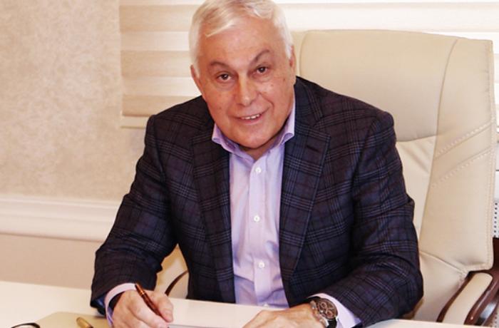 Prezident Tofiq Nağıyevi təltif etdi
