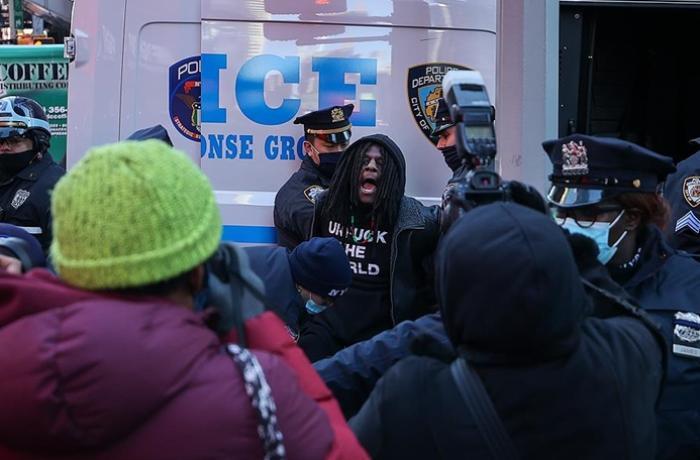 Nyu-Yorkda Tramp tərəfdarları etiraz aksiyası keçirib
