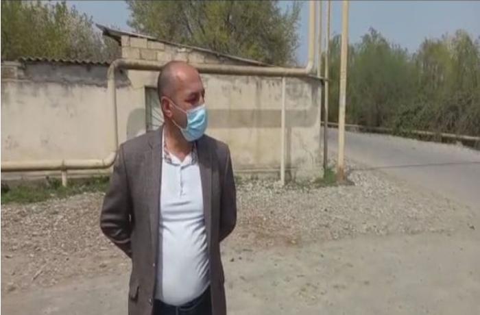 Koronavirus xəstəsi ictimai yerdə saxlanılıb - VİDEO