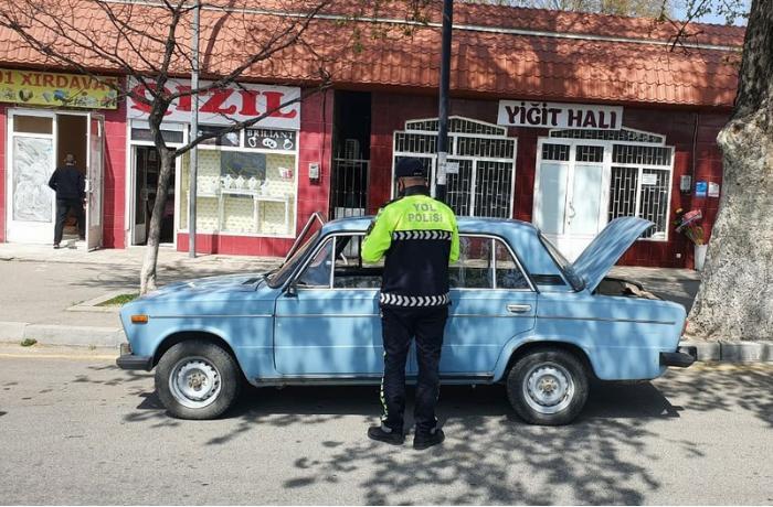 Yol polisi reyd keçirdi, 15 sürücü cərimələndi