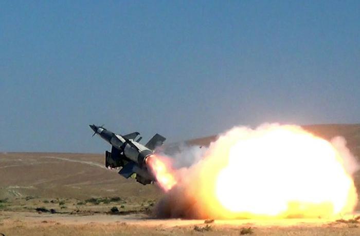 Azərbaycan Ordusunun Zenit-Raket Qoşunlarında döyüş atışlı təlimlər keçirilib - VİDEO