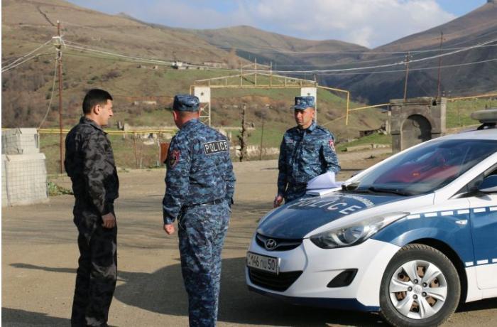 """Erməni separatçılarının """"polis""""i Qarabağ yollarında yeni postlar quracaq - FOTOLAR"""