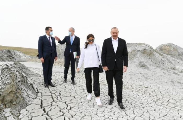 Prezidentlə xanımı təməlqoyma mərasiminə qatıldı - FOTOLAR - YENİLƏNİB