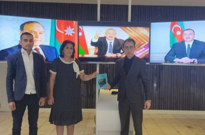 """""""Xalqın Xidmətçisi"""" - Dəmir Yumruq kitabı təqdim olunub - FOTO"""