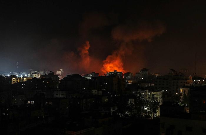 İsrail HƏMAS-ın yüksək rütbəli 9 komandirinin evini bombaladı