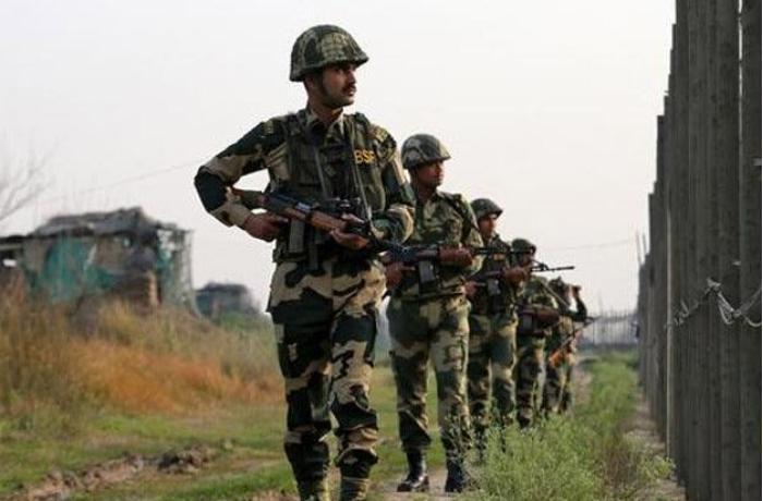Afganistan-Pakistan sınırında askerlere pusu