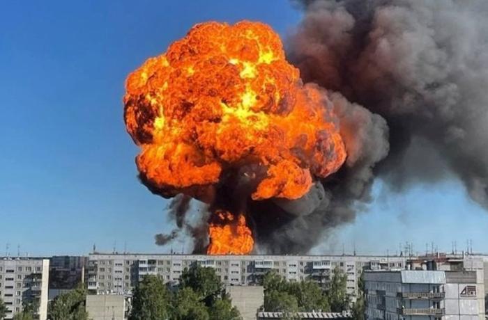 Rusiyada yanacaqdoldurma məntəqəsində güclü yanğın – yaralananlar var – VİDEO