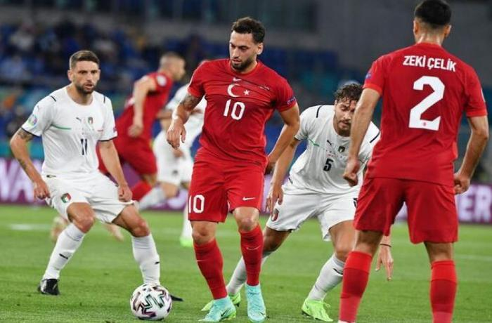 AVRO-2020: Türkiyə - Uels oyunu başlayıb, Azərbaycan və Türkiyə prezidentləri matçı izləyirlər