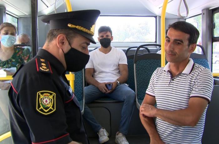 Polis avtobusa maskasız minən sərnişinləri cərimələdi – FOTO + VİDEO