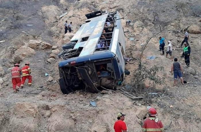 Peruda avtobus qəzası – 27 ölü