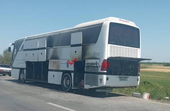 Şagirdləri Qubaya istirahətə aparan avtobus yandı - FOTO