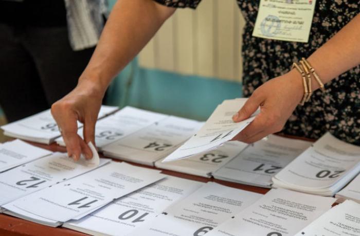 Ermənistan seçicilərinin yarıdan çoxu seçkilərə qatılmadı