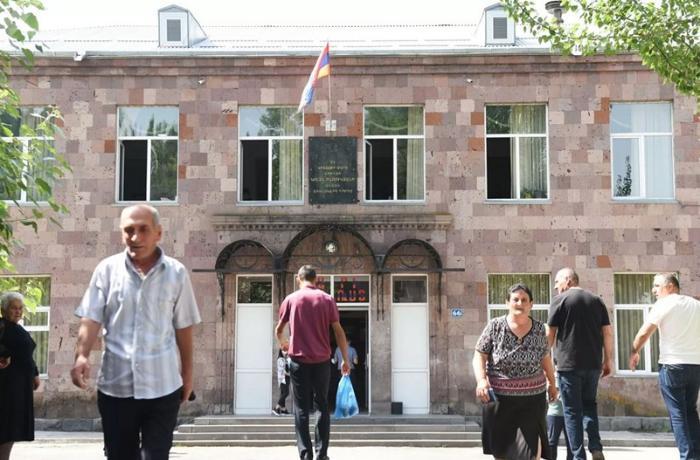 Ermənistanın Baş Prokurorluğu: 64 seçki pozuntusu barədə məlumat var