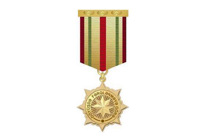 """Bir qrup hərbçi """"Döyüşdə fərqlənməyə görə"""" medalı ilə təltif edilib - SİYAHI"""