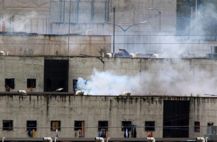 Ekvadorda 2 həbsxanada üsyan – 21 ölü