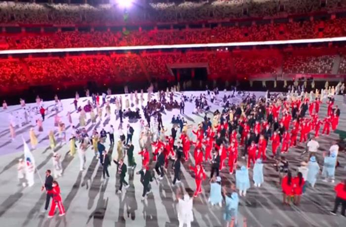 Rusiyalı idmançılar olimpiadada bayraqsız keçid etdilər