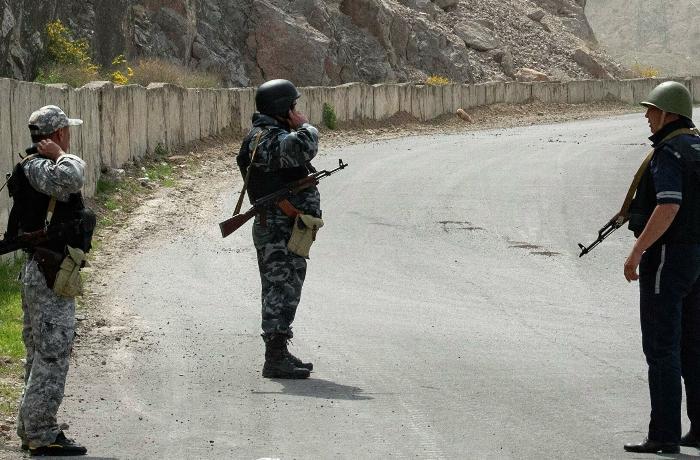 Qırğızıstan və Tacikistan sərhədində yenidən atışma oldu