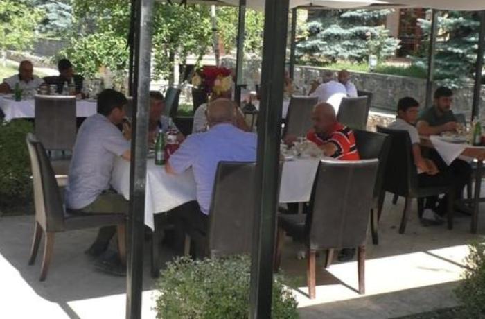Karantin qaydalarını pozan restoran sahibi həbs edildi - FOTO