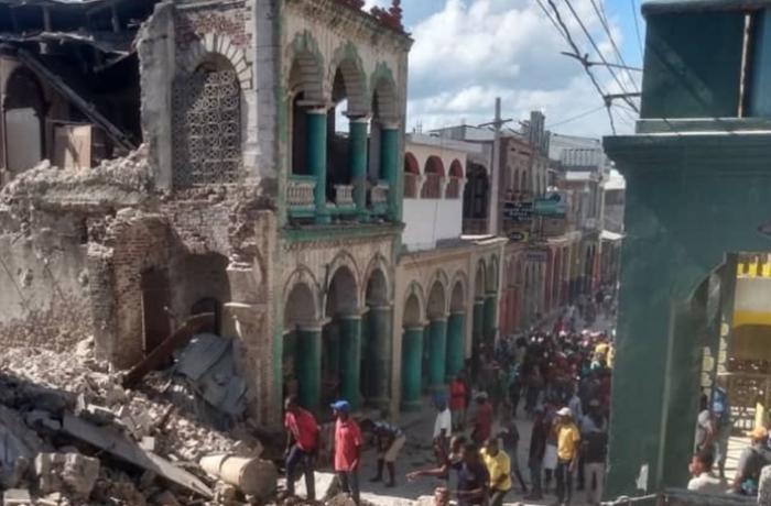 Haiti açıklarındaki depremde ölenlerin sayısı 2 bin 207'ye yükseldi