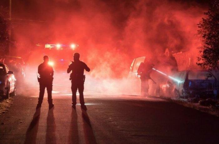 Polşada COVID-19 peyvənd mərkəzi yandırıldı