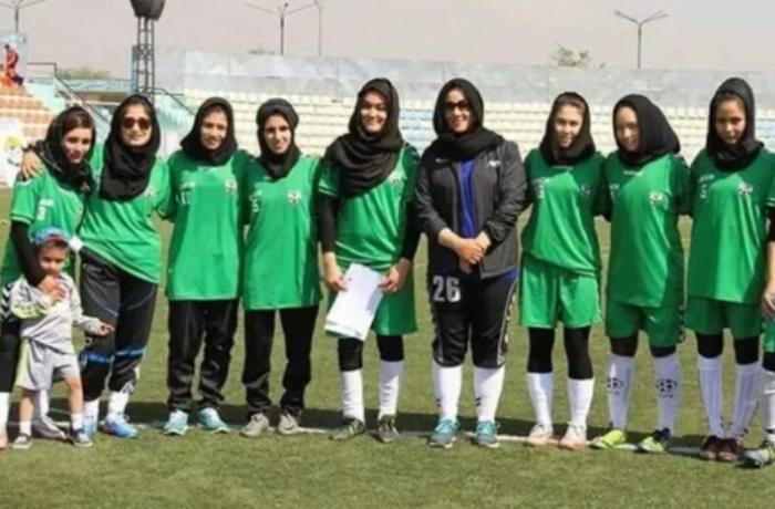 Əfqanıstanın qadınlardan ibarət futbol komandası Pakistana sığındı