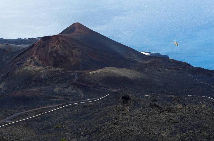 Kanar adalarında vulkan püskürməsi başladı - VİDEO