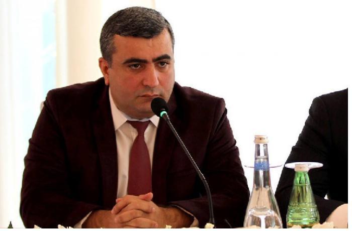 Elnur Əşrəfoğlu süni tənəffüs aparatına qoşuldu
