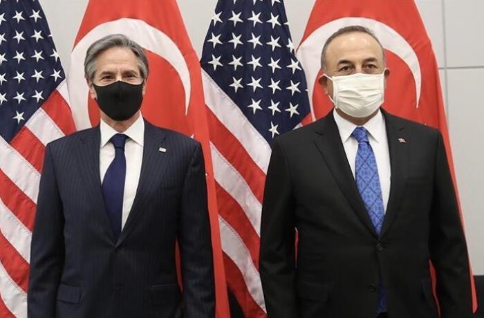 Çavuşoğlu ABŞ-ın dövlət katibi ilə Qarabağı müzakirə etdi
