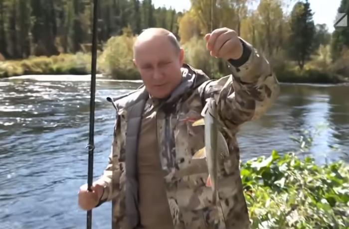 Meşədə gəzdilər, balıq tutdular, qayıq sürdülər – Putin və Şoyqunun maraqlı GÖRÜNTÜLƏRİ