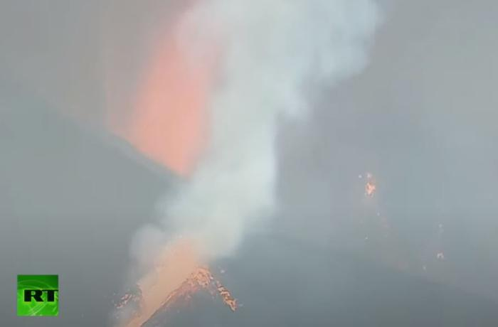 İspaniyada yüzlərlə evi məhv edən vulkanın CANLI GÖRÜNTÜLƏRİ